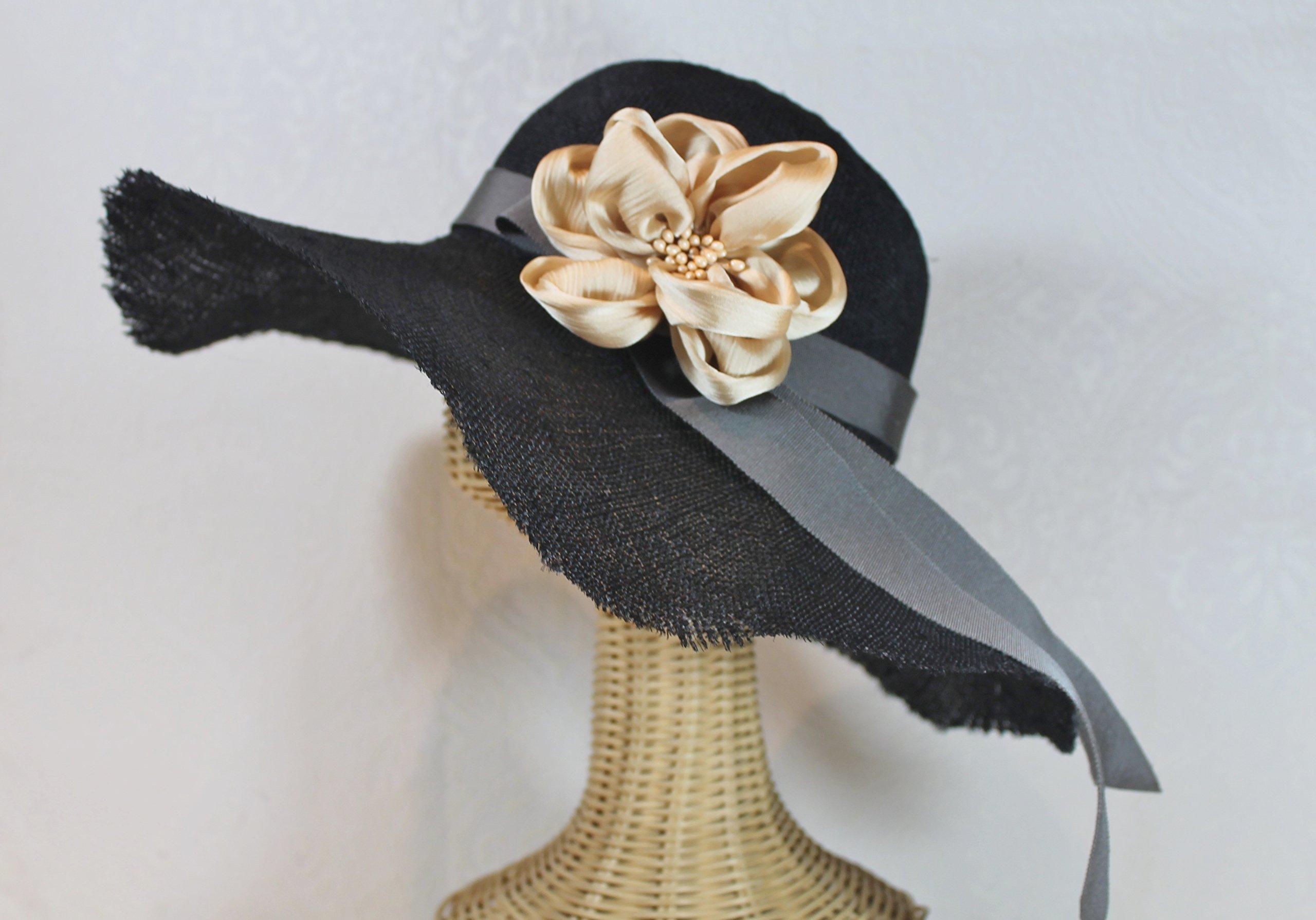 Lyla Wide Brim Straw Derby Sun Hat in Black