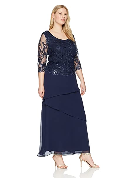 Le Bos Women\'s Size Sequin Embroidered Long Dress Plus