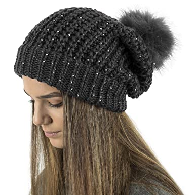 TOSKATOK® LADIES CHUNKY KNIT SLOUCH BEANIE WITH SPARKLE ACCENT SEQUINS AND  FAUX FUR DETACHABLE POMPOM  Amazon.co.uk  Clothing bc93a5e94ae