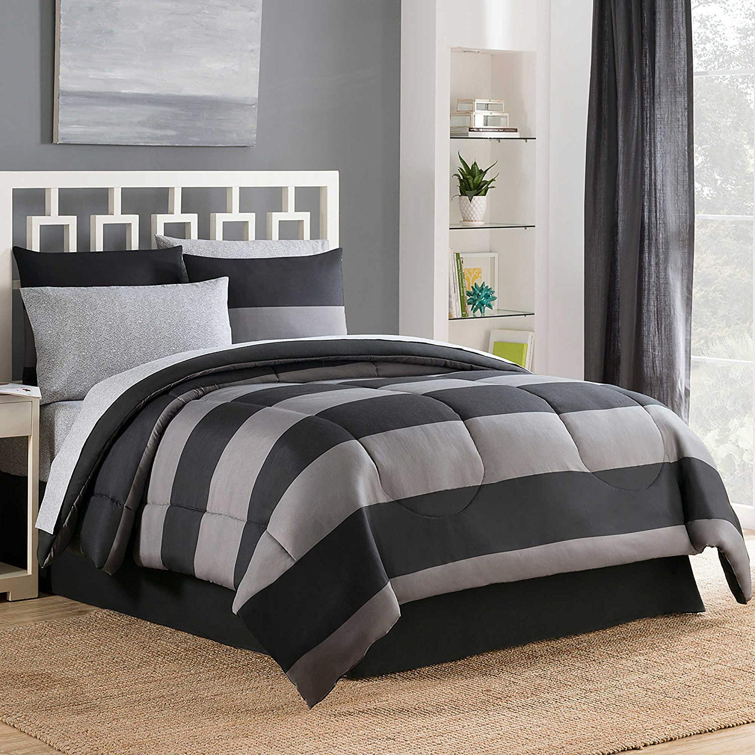 Bryce 8-Piece Reversible Full Comforter Set in Black/Grey