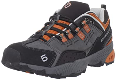5/10 Dome Hiking Boot