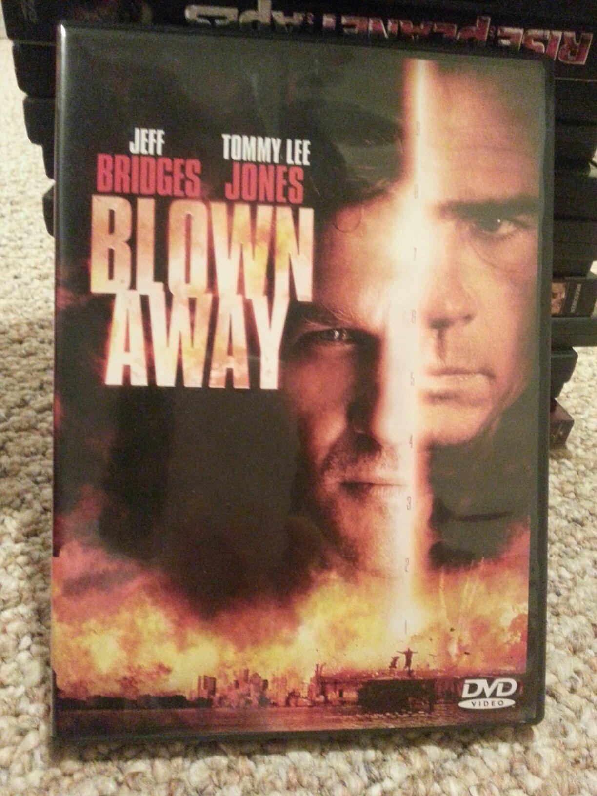 DVD : Blown Away
