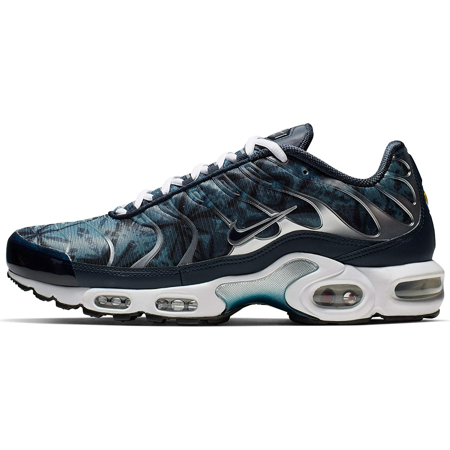 low priced c1145 17a1e Amazon.com | Nike Air Max Plus TN SE Blue/Navy/White | We ...