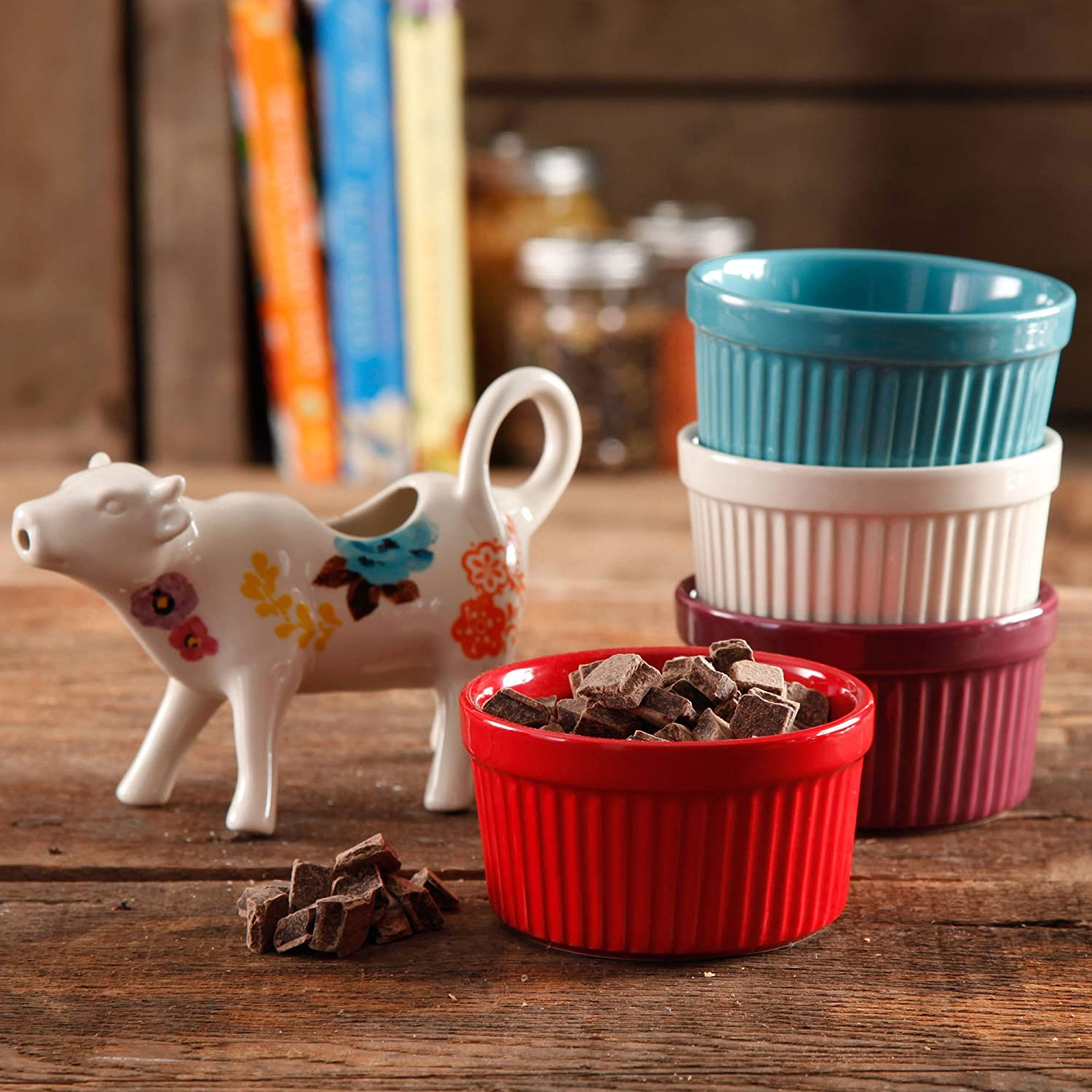 The Pioneer Woman Flea Market 5-Piece Serving Set, 4 Ramekins in Assorted Colors and Cow Creamer, Floral