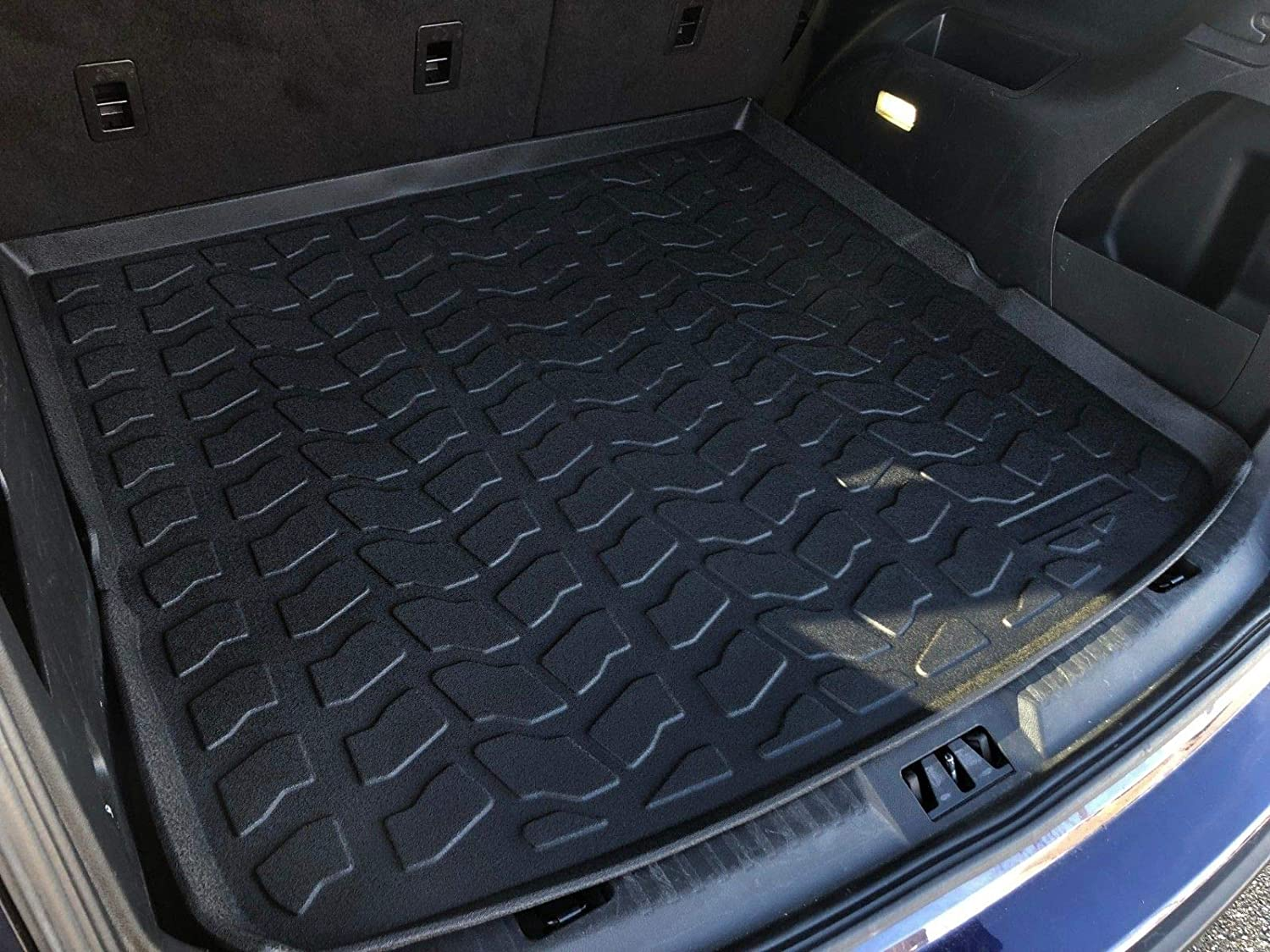 Amazon Com Laser Measured Trunk Liner Cargo Rubber Tray For Ford Edge   Automotive