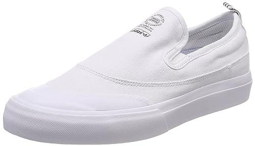 brand new 969bb 55fa4 adidas Matchcourt Slip, Zapatillas para Hombre, Blanco Footwear White 0, 44  EU  Amazon.es  Zapatos y complementos