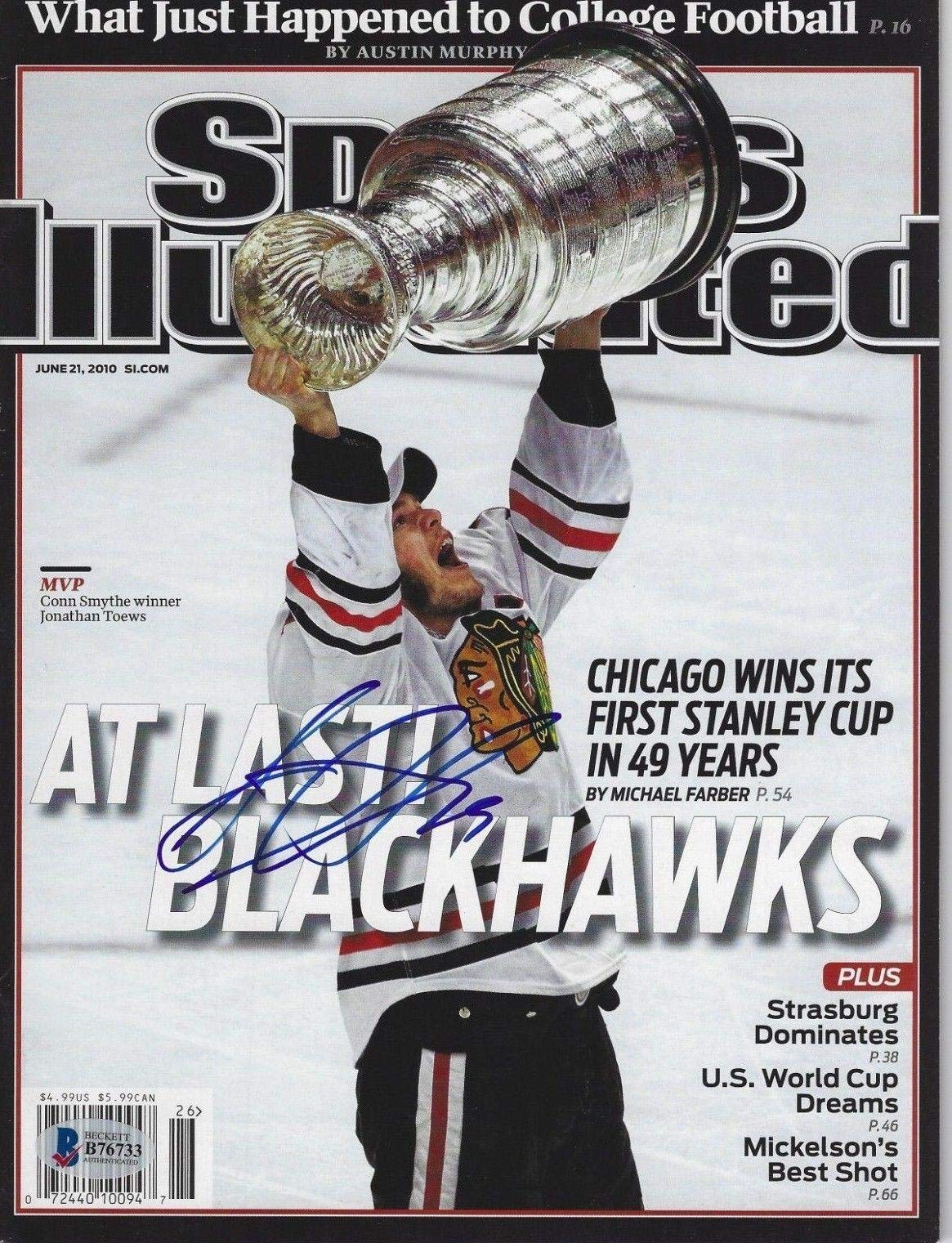 JONATHAN TOEWS (Hawks) Signed SPORTS ILLUSTRATED with Becket COA (NO Label) Autographed NHL Magazines
