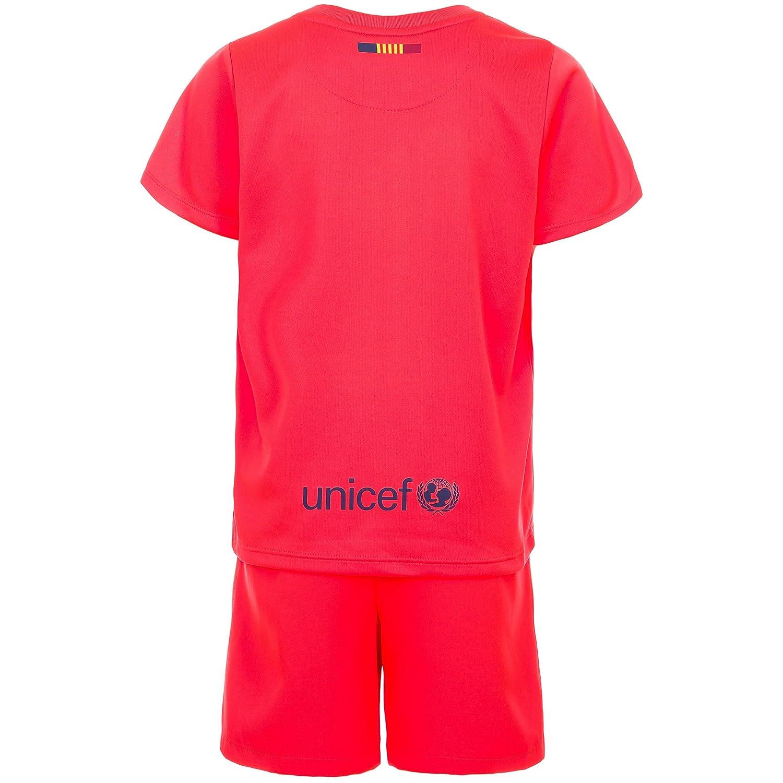 2a84437a5b1 Amazon.com: Nike Barcelona Away Little Boys Mini Kit 2014-2015 (YL):  Clothing