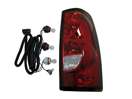 amazon com 2004 2007 (2005 2006 04 05 06 07) chevy silverado tail 2014 Chevy Tail Light Wiring Colors image unavailable