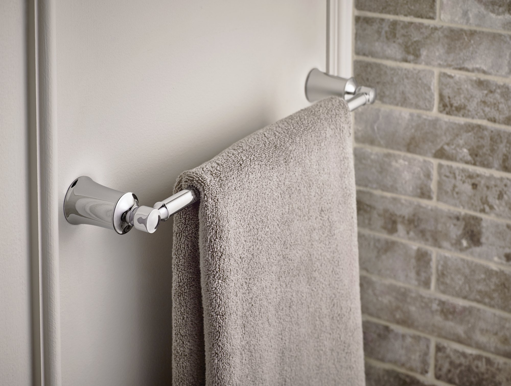 Moen YB2118CH Dartmoor Towel Bar, 18'', Chrome by Moen (Image #2)