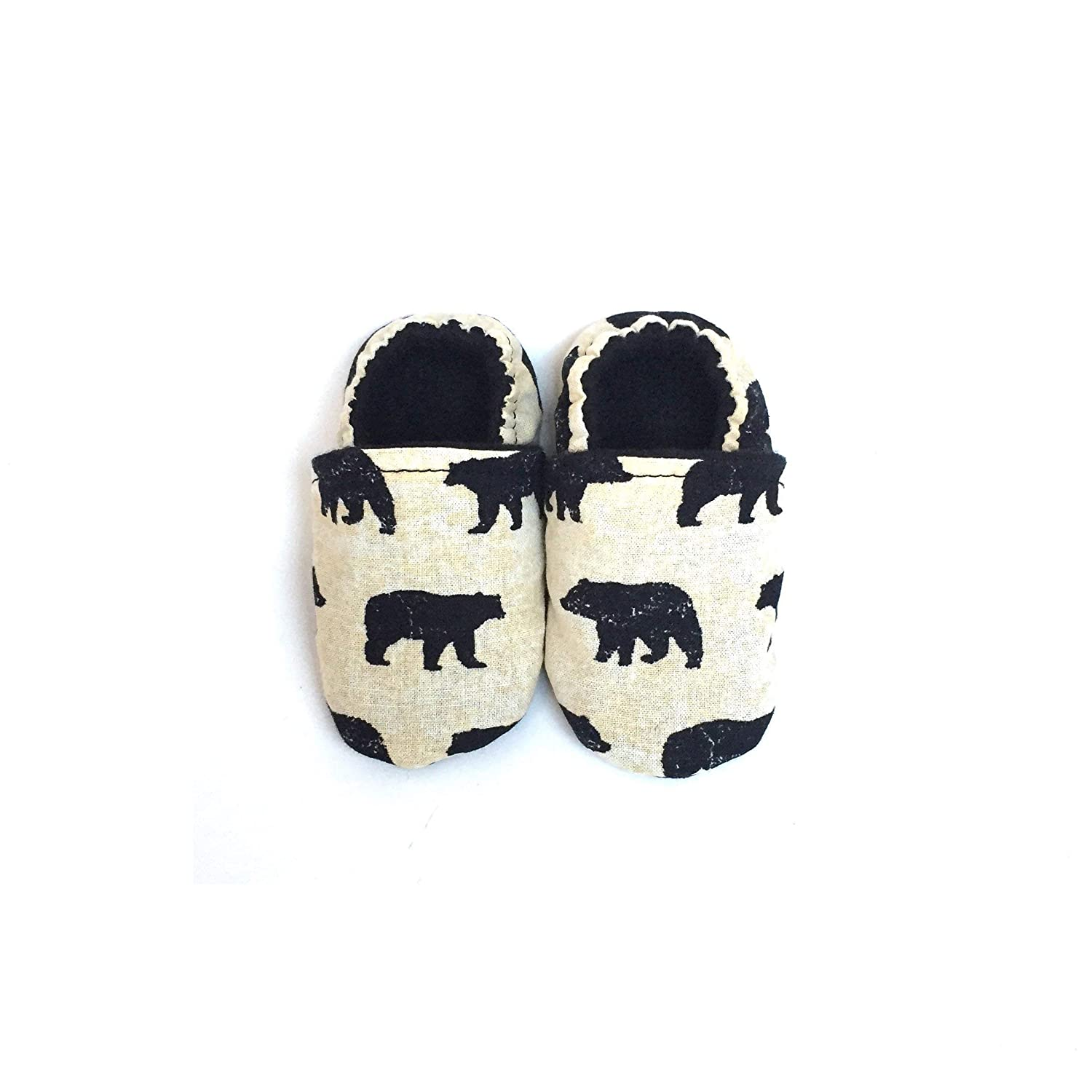 Brown Bear Baby Shoes, Soft Sole Baby Shoes, Baby Shoes Girl, Baby Shoes Boy, Baby Shoes Unisex, Baby Shoes 0-6 months, Baby Shoes 6-12 months, Baby Shoes 12-18 months, Baby Shoes 18-24 months.