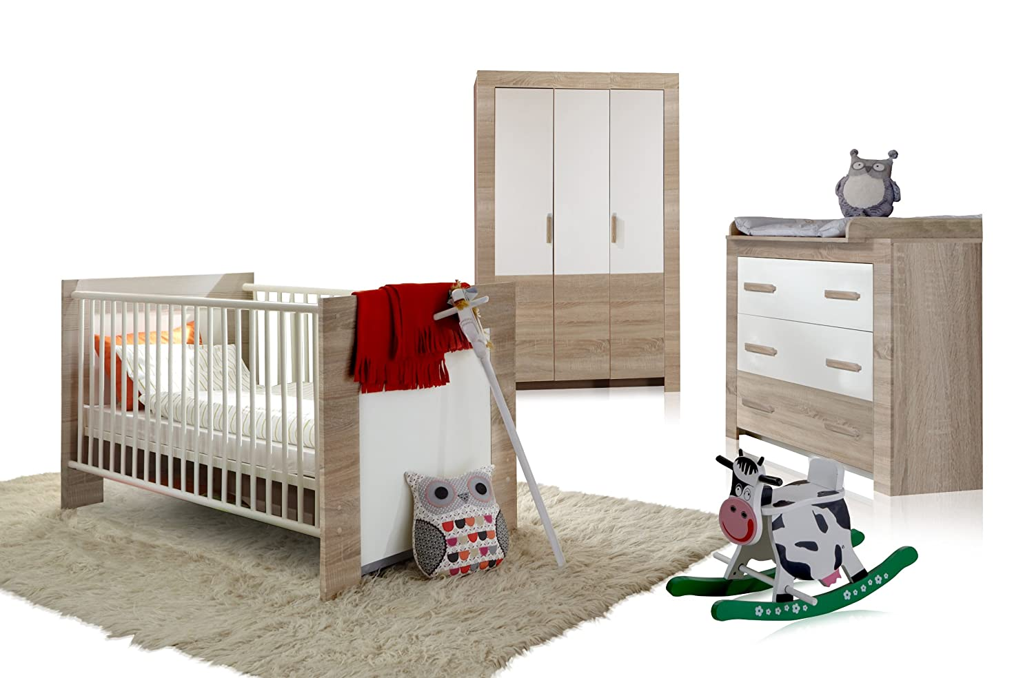 babybett eiche sgerau babyzimmer carlotta kinderbett auf rollen eiche sgerau hell with babybett. Black Bedroom Furniture Sets. Home Design Ideas