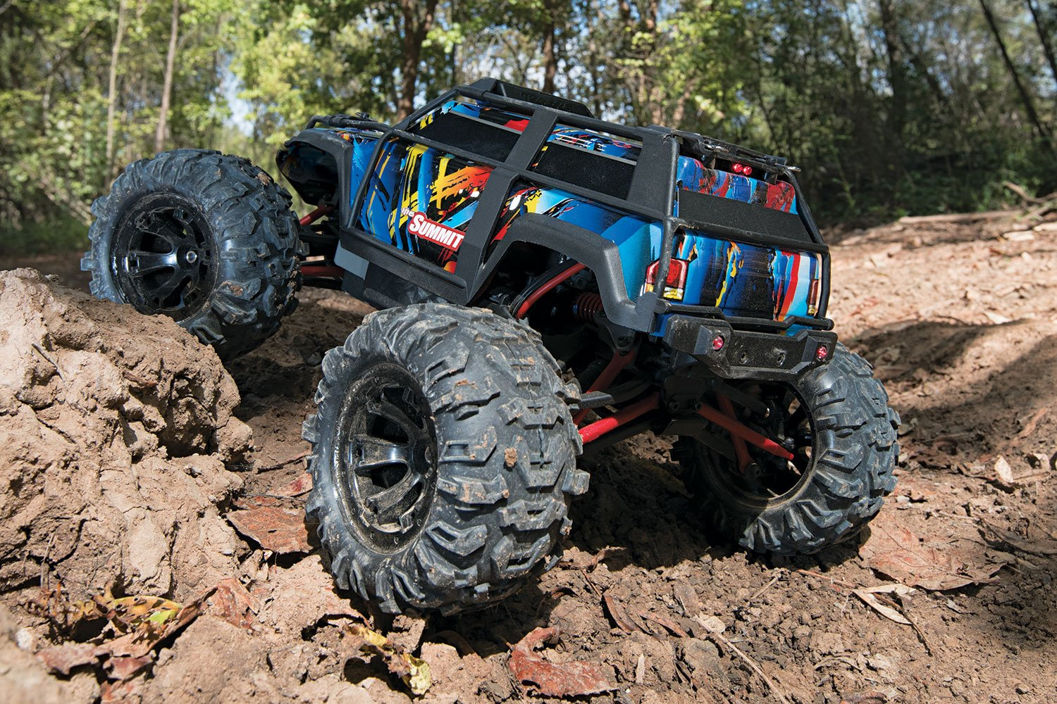 Traxxas 1 16 Summit 4wd Extreme Terrain Truck Rock N Thread Stampede 4x4 Vxl Press Release And Pics Roll Scale Toys Games