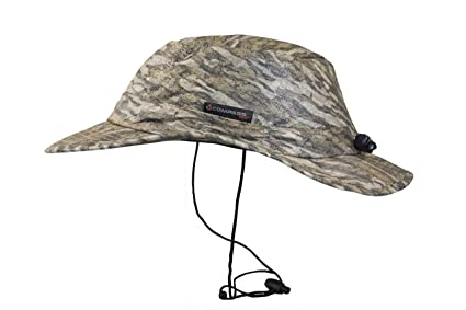 fd5607723fd Amazon.com   Compass 360 RainTek Waterproof Camo Bucket Hat (Mossy ...