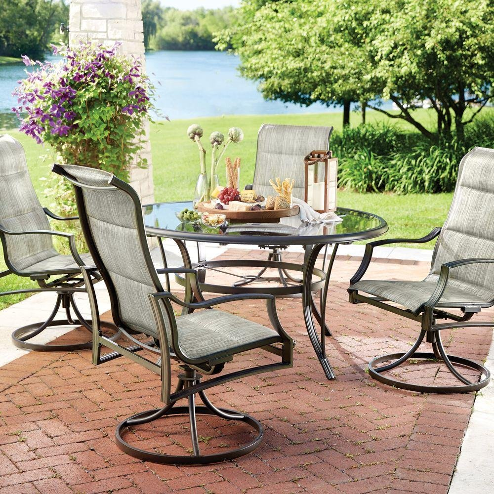 Amazon com statesville 5 piece padded sling patio dining set with 53 in glass top garden outdoor