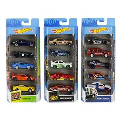 Hot Wheels Fast Cars 15-Pack Diecast Bundle: Police, Exotics, Nightburnerz [ Collection]: Toys & Games