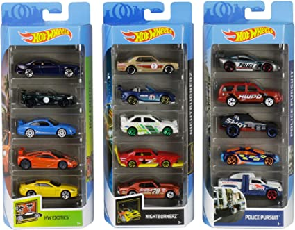 Chevrolet 1:64 Scale Collectible Die Cast Cars Hot Wheels 5 Car Gift Pack