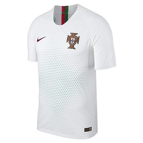 huge selection of 147cd 5eb2e Amazon.com : Nike 2018-2019 Portugal Away Vapor Match ...