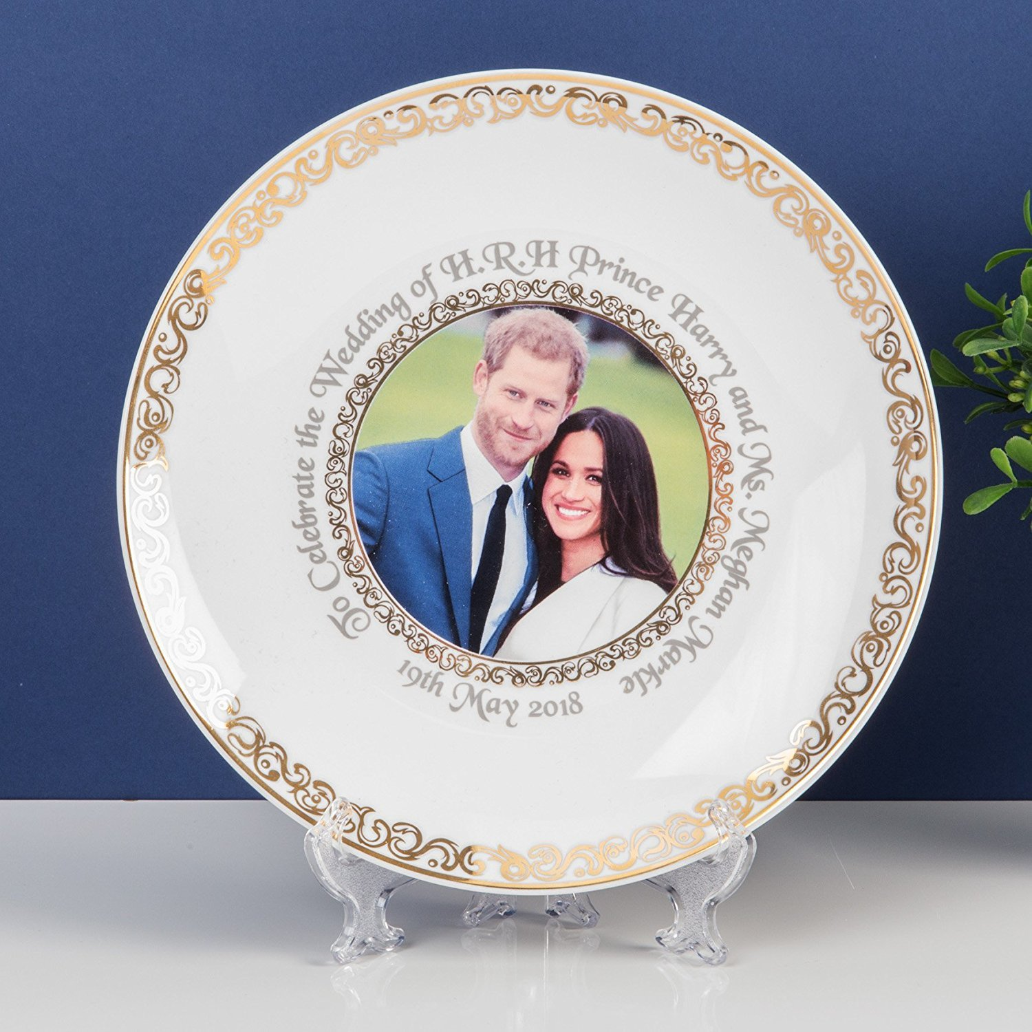 Royal Wedding New Bone China Plate to Commemorate the Marriage of HRH Prince Harry to Meghan Markle