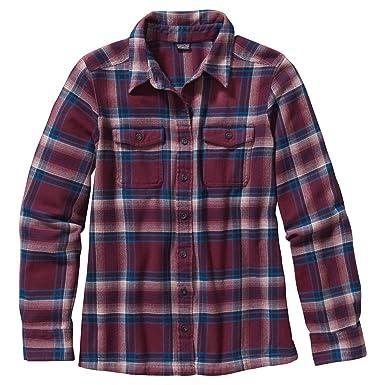 b0cf7c0757c Amazon.com  Patagonia Long Sleeve Fjord Flannel Shirt - Women s  Clothing