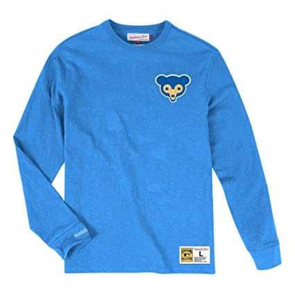 e0e32977 Image Unavailable. Image not available for. Color: Mitchell & Ness Chicago  Cubs MLB Men's Win Streak Long Sleeve Shirt ...
