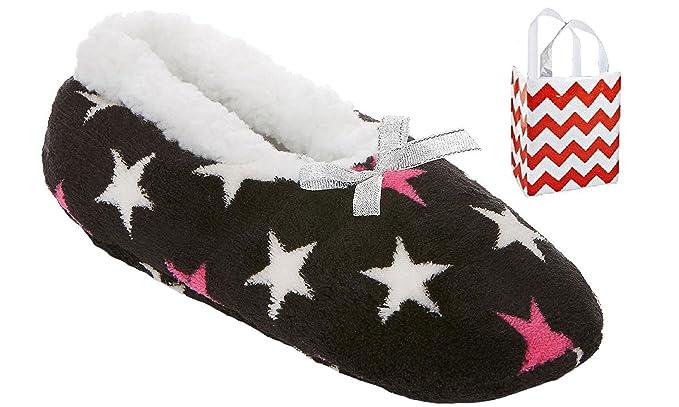 458e2784f048b Mixit Womens Sherpa Slipper Socks-Booties 1 Pair   Bag Multi-Pack Gift Set  at Amazon Women s Clothing store