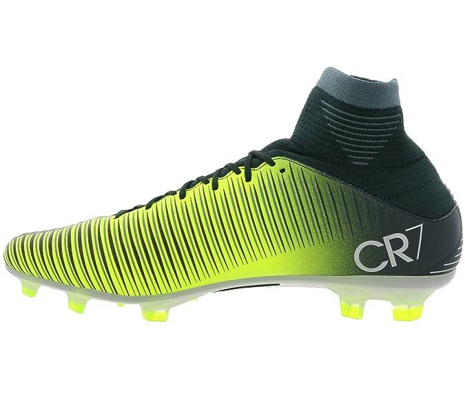 pretty nice 33fcf 8eb0f Amazon.com   Nike Mens Mercurial Veloce III Dynamic Fit CR7 FG Soccer Cleat  (Sz. 11) Seaweed   Soccer