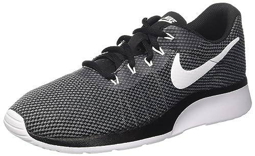 0a84a41f72 Nike Tanjun Racer, Zapatillas de Entrenamiento para Hombre: Amazon.es:  Zapatos y complementos