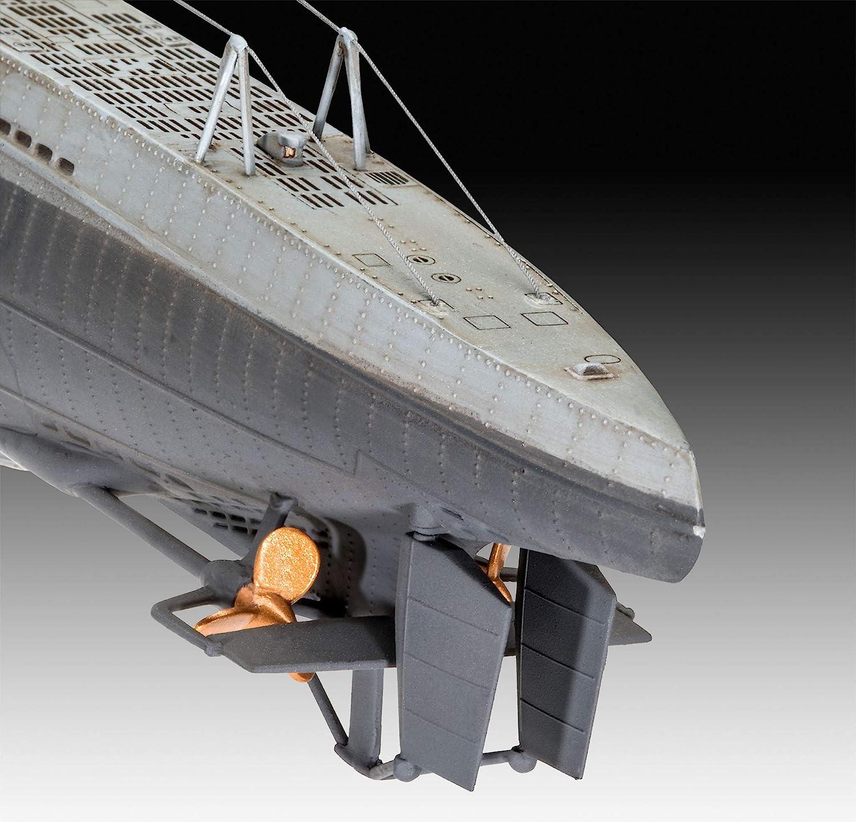 mit Basis-Zubeh/ör 1:144 Schiffmodell U96 Jubil/äumsset unlackiert Revell 05675 Geschenkset Das Boot Collectors Edition Type VII C 46,5 cm originalgetreuer Modellbausatz f/ür Einsteiger