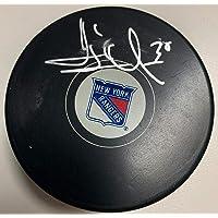 $131 » New York Rangers Henrik Lundqvist Signed Puck Fanatics Hologram - Autographed NHL Pucks