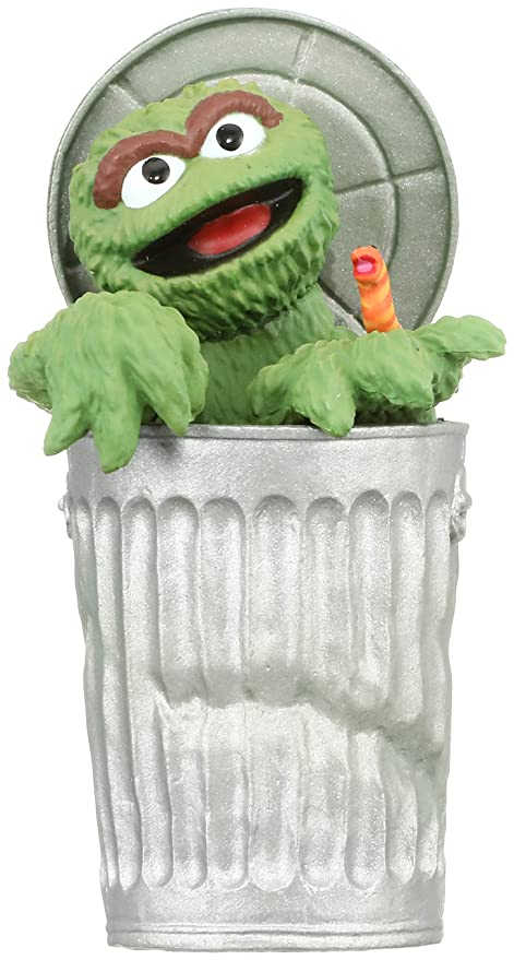 Buy Medicom Sesame Street Oscar The Grouch Ultra Detail Figure Online At Low Prices In India