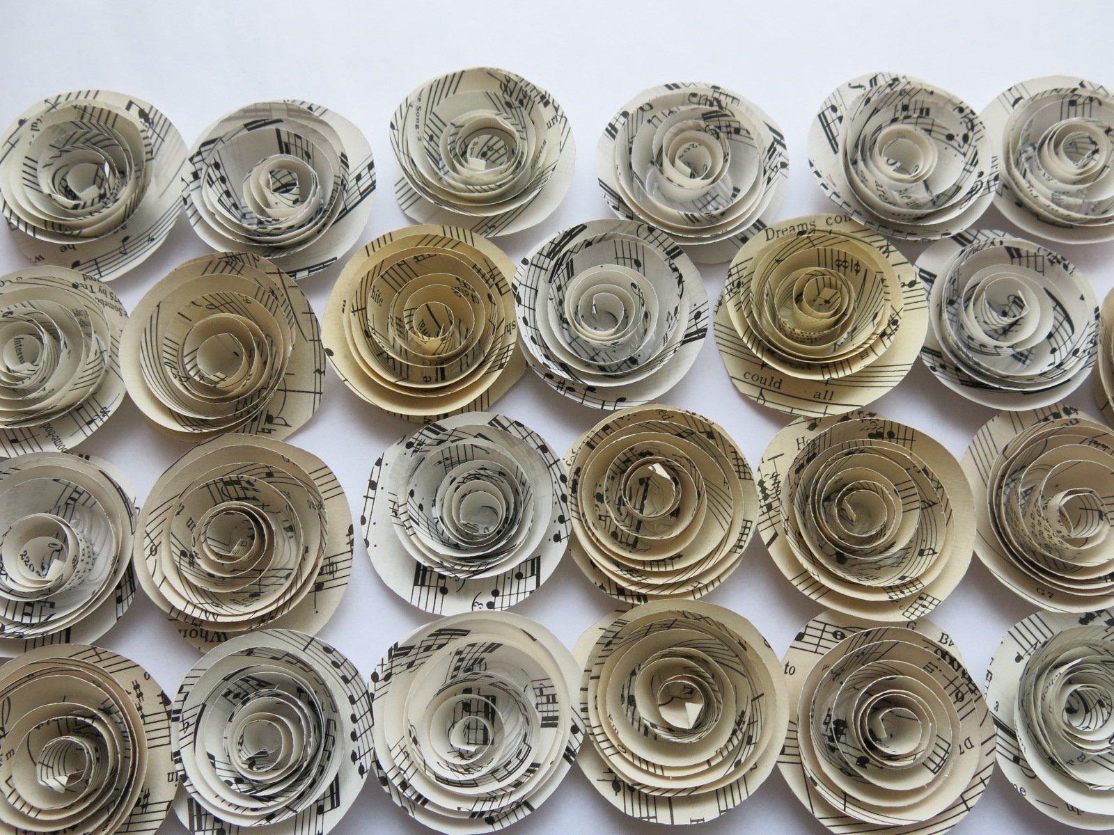 Sheet-Music-Roses-Set-of-24-Musical-Party-Theme-Decorations-15-Paper-Flowers-Popular-Baby-Shower-Decor-Wedding-Centerpiece-Teacher-Gift-Idea