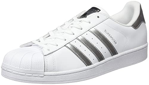 cheaper ab8d5 b664e adidas Superstar, Zapatillas Unisex Adulto  Amazon.es  Zapatos y  complementos