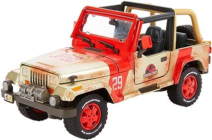 Amazon Com Matchbox Jurassic World Jeep Wrangler 1 18 Scale Toys
