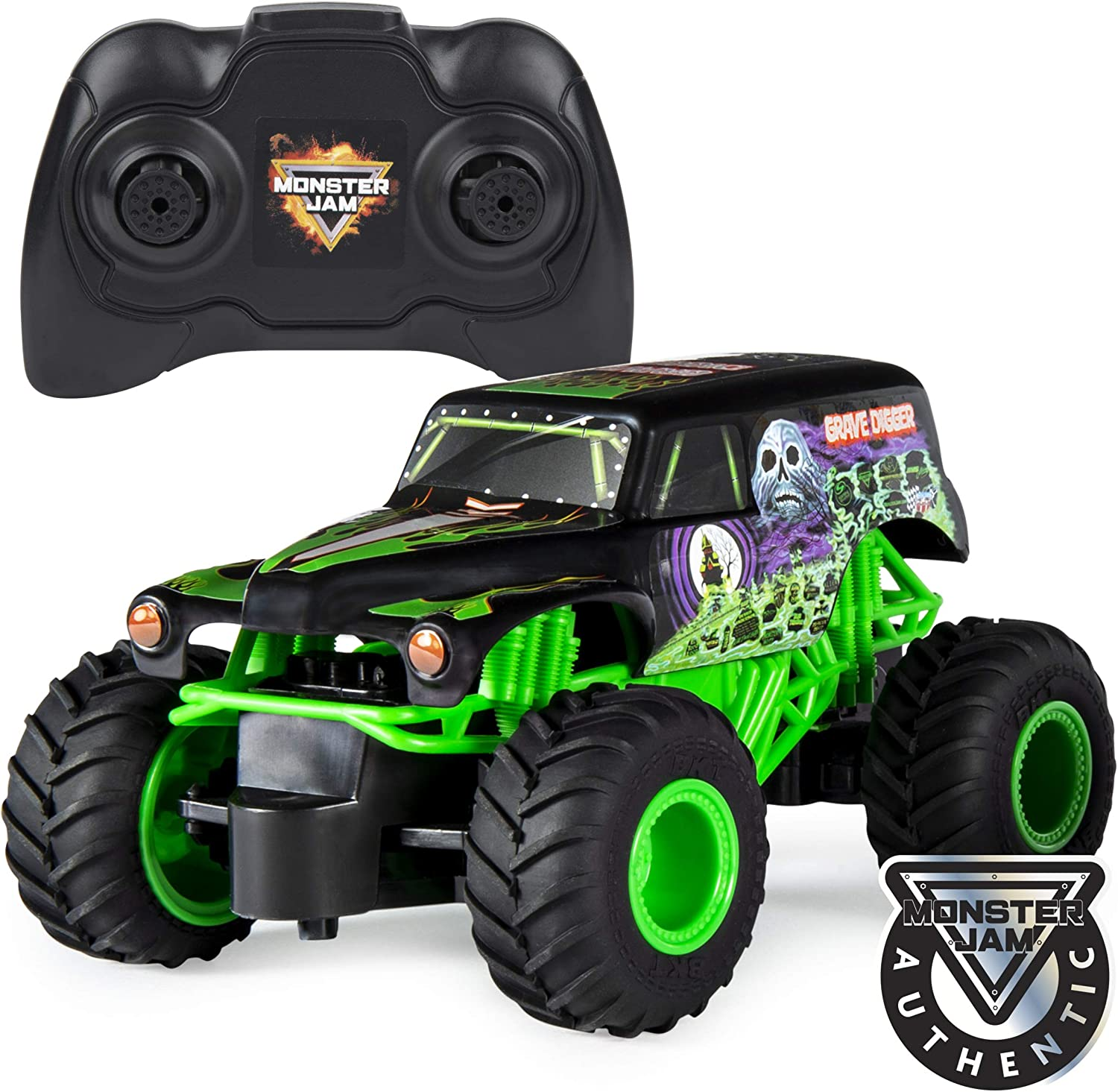 Amazon Com Monster Jam Official Grave Digger Remote Control Monster Truck 1 24 Scale 2 4 Ghz For Ages 4 And Up Toys Games