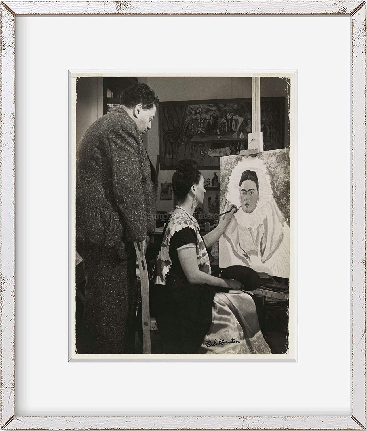 Diego Rovera,Rivera watching wife,Frida Kahlo,work,self,paint,Mexico City,1940