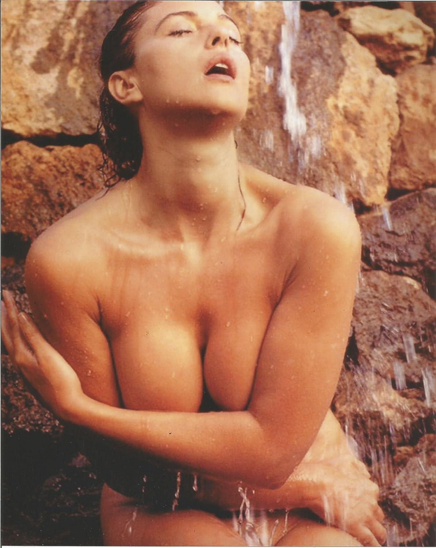 001 Drew Barrymore nude under running water 8x10 inch Photo ...