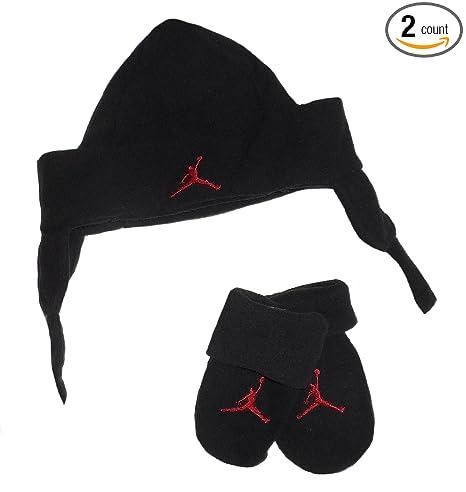 Amazon.com  Jordan Jumpman 23 Toddler Little Boys  Hat   Mittens ... 09661d67c3d