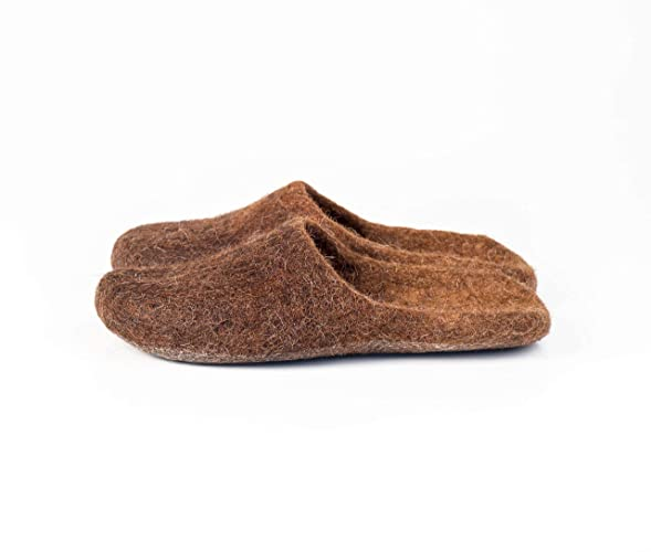 bf2b77e7430 Amazon.com: Warm brown slide slippers for women handmade from felted ...
