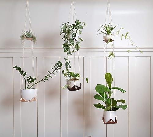 Macrame boho eclectic hand crafted natural fibre plant pot hanger