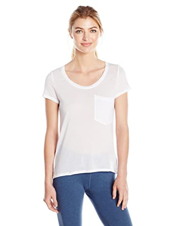 7bf924e77fbf8 Alo Yoga Women s Rise Short Sleeve Top at Amazon Women s Clothing store