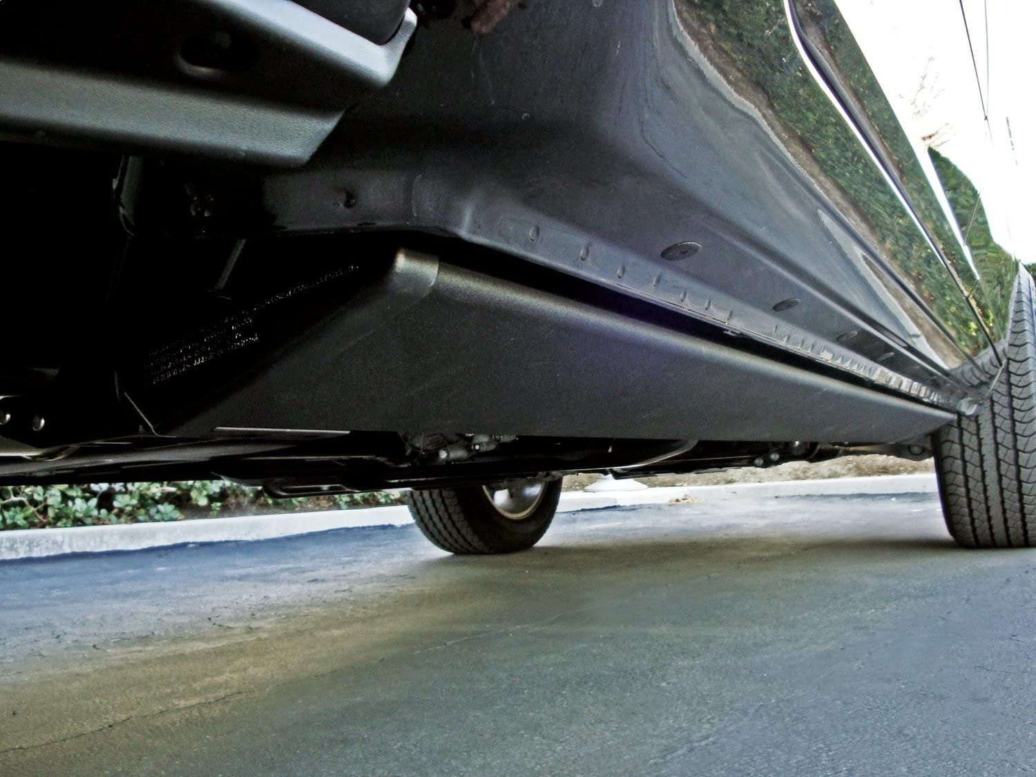 AMP Research 76139-01A Black Running Board (PowerStep Plug N' Play System)