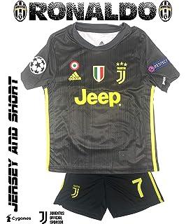 GolPro Juventus Soccer Jersey for Kids - Juventus Ronaldo No.7 - Replica  Jersey Kit a2f487d12