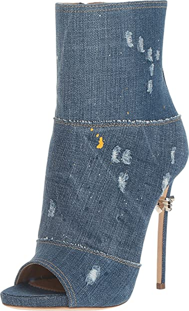 b8ade2fed6c53 Amazon.com: DSQUARED2 Women's Ankle Boot Denim Boot: Shoes