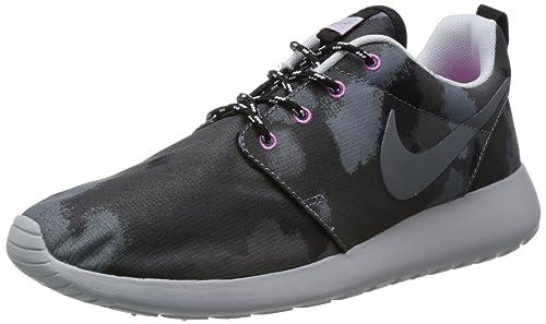 0d7fd24fc3f0 Amazon.com  Women s Nike Rosherun Print Black Cool Grey-Pink 599432 ...