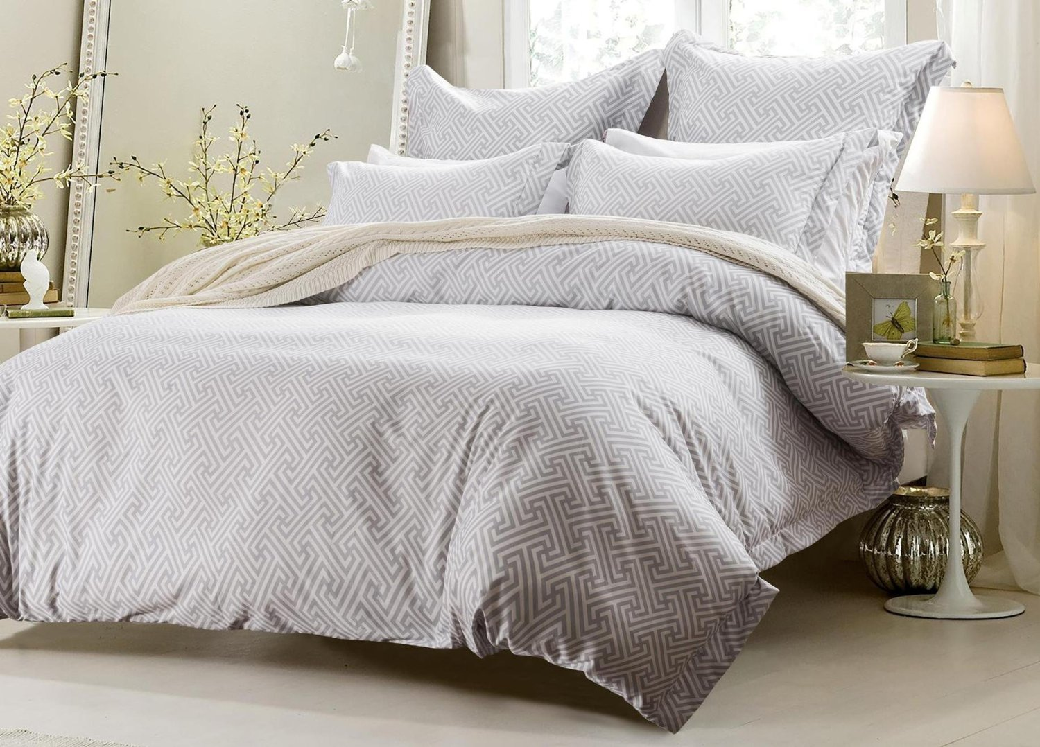 6pc White Grey Design Bedding Set