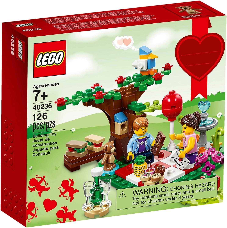 Lego 40236 Romantic Valentine Picnic 126 pcs