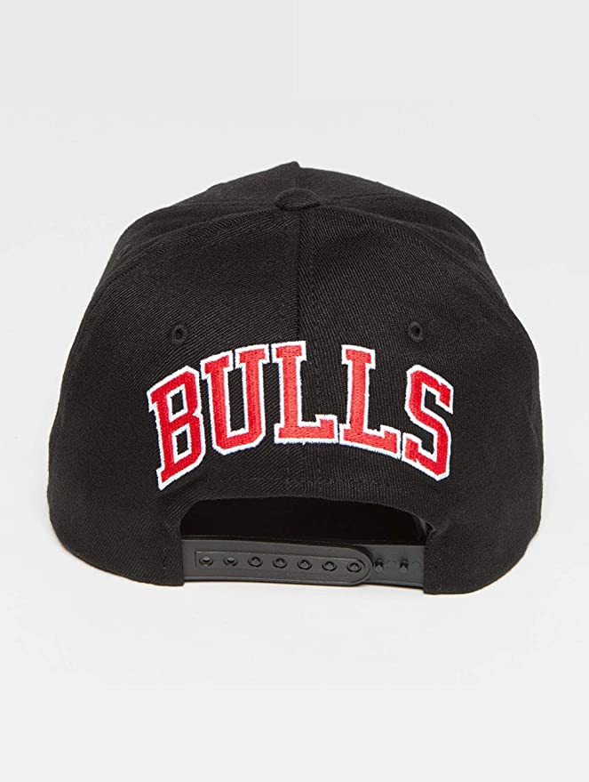 Mitchell & Ness Chicago Bulls INTL132 110 Curved Eazy NBA Flexfit Snapback Cap One Size Black at Amazon Mens Clothing store: