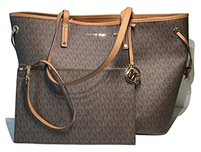 efc6294696c6 Amazon.com: MICHAEL Michael Kors Jet Set Travel Large Drawstring Tote and  Wristlet Set (Signature MK Brown/Acorn): Shoes