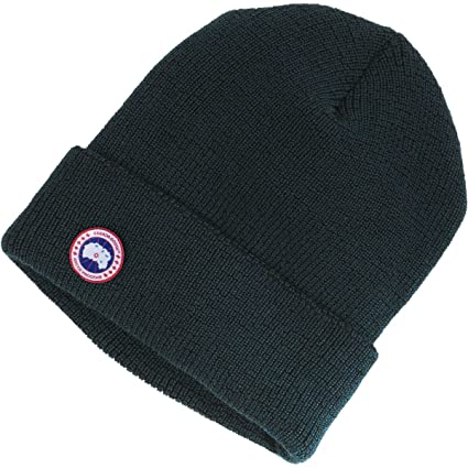 Amazon.com  Canada Goose Merino Wool Watch Cap Ink Blue One Size ... ee145d90af1